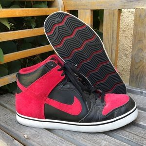 '11 Nike Dunk High SE Red Hightop Lace Up Sneakers